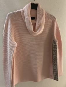 Bilde av genser med rullekrave 805712